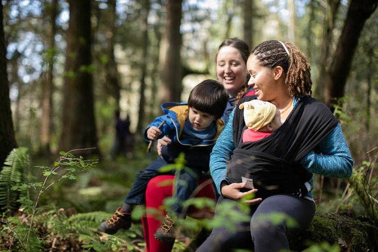 Families on trail. Photo by Tais Kulish.