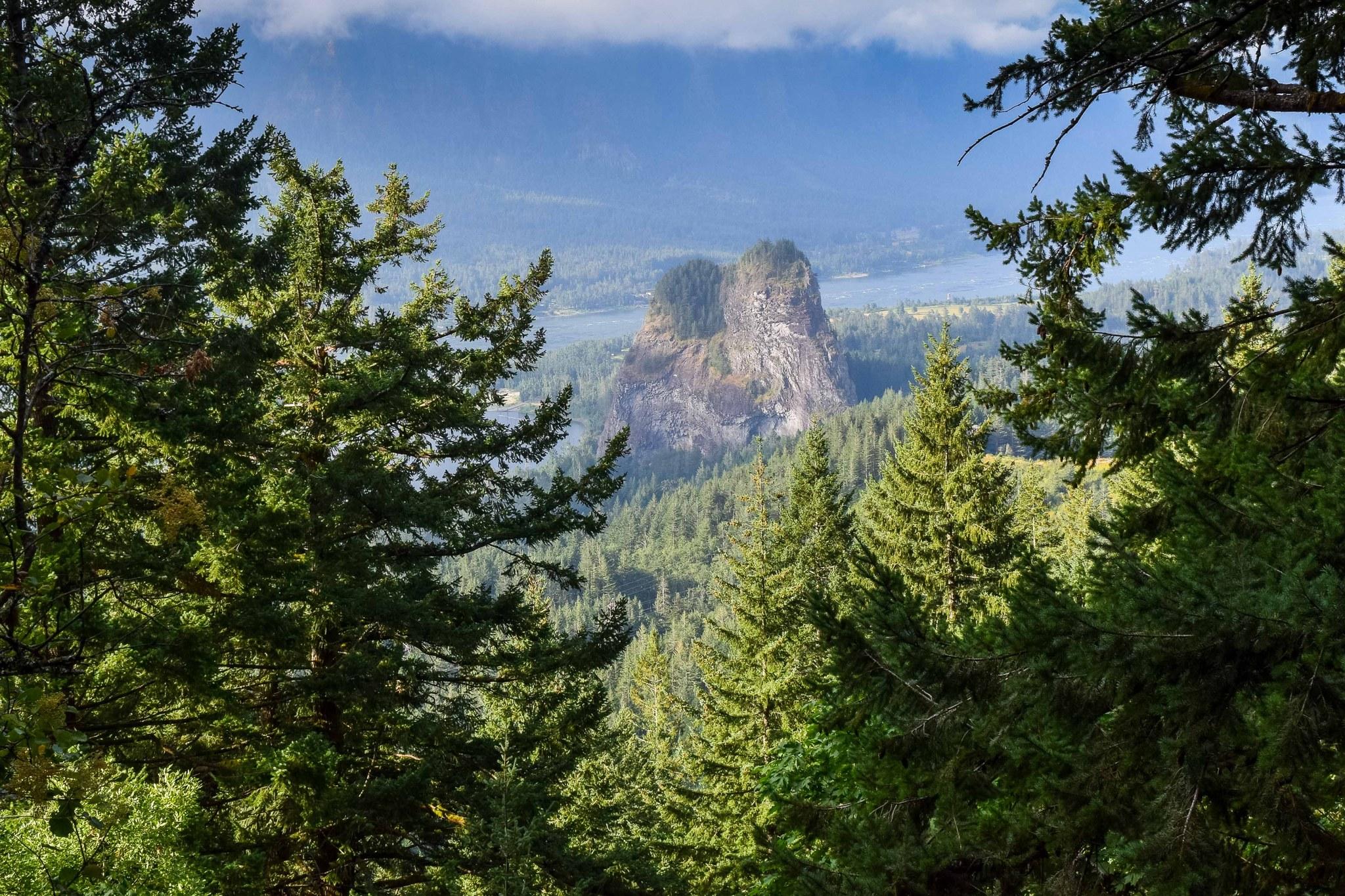 Beacon Rock State Park by explorepnw.jpeg