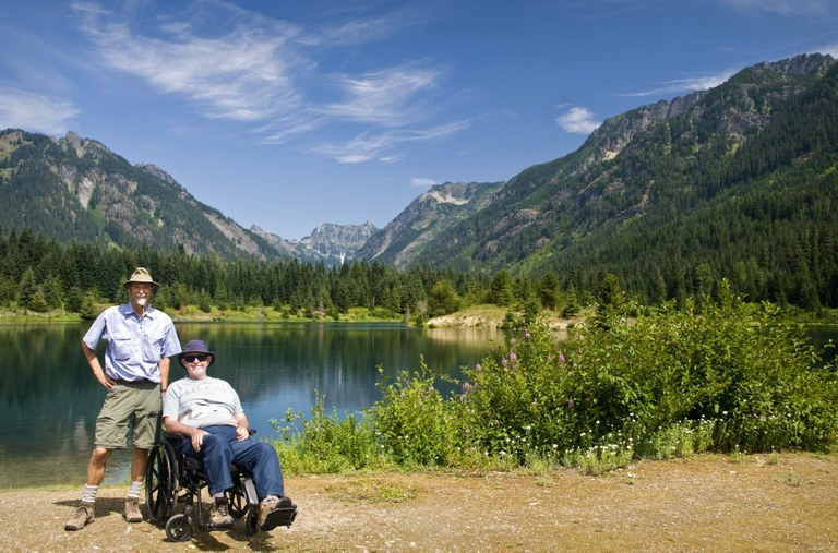 Gold Creek Pond is ADA-accessible as well as stroller-friendly. Photo by Mytho-man.