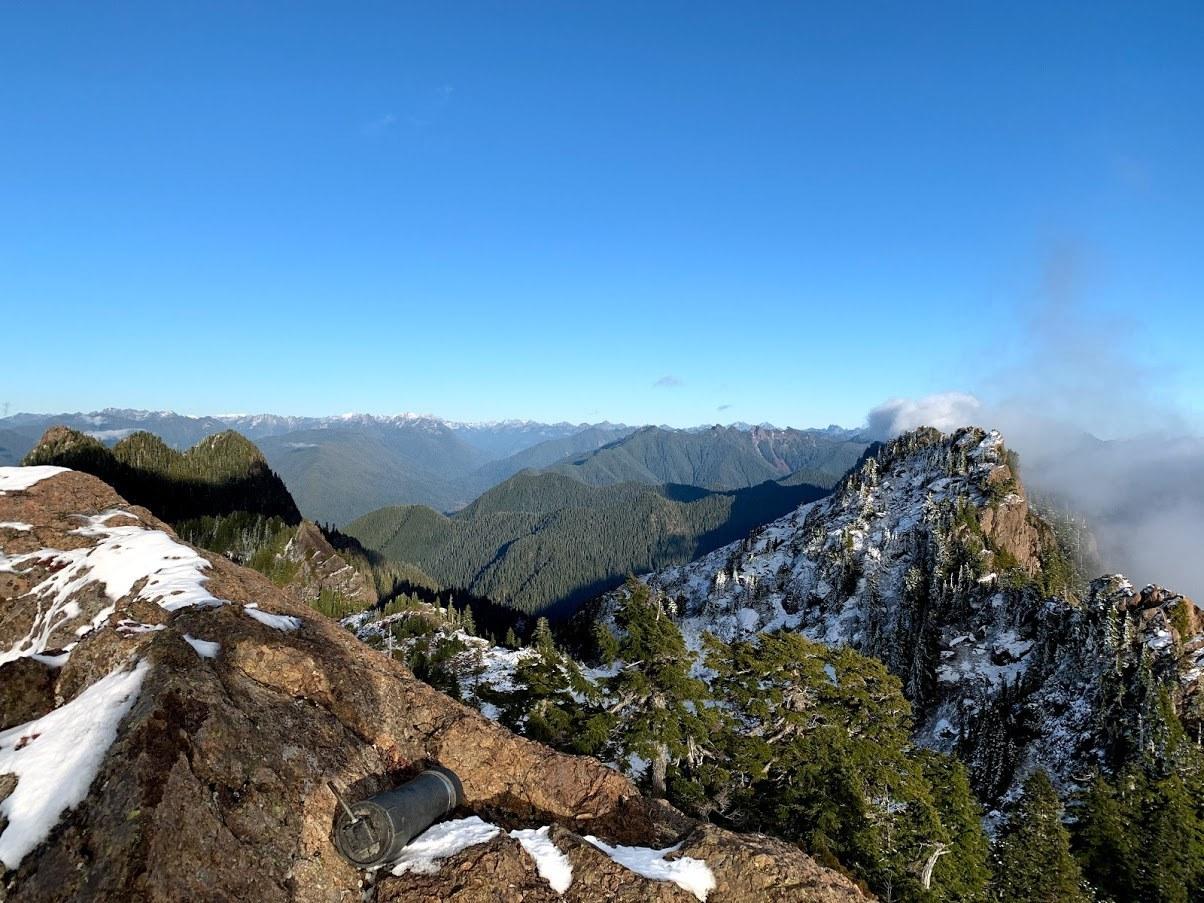 Colonel Bob Peak. Photo by Zugspitze.jpeg