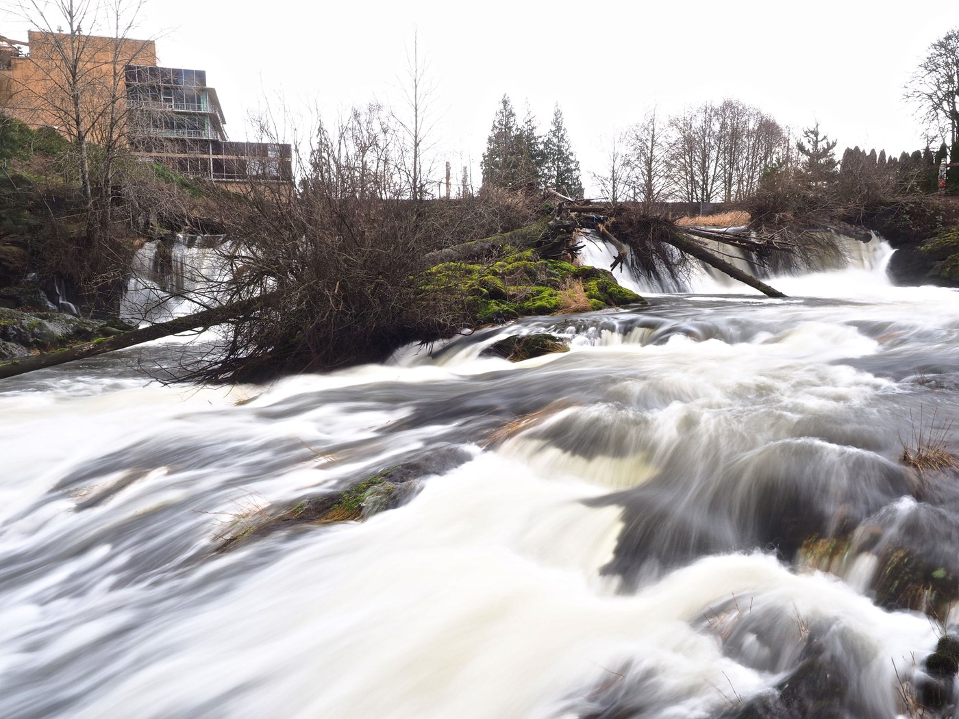 This urban park offers great views of these powerful falls. Photo by Bob and Barb.