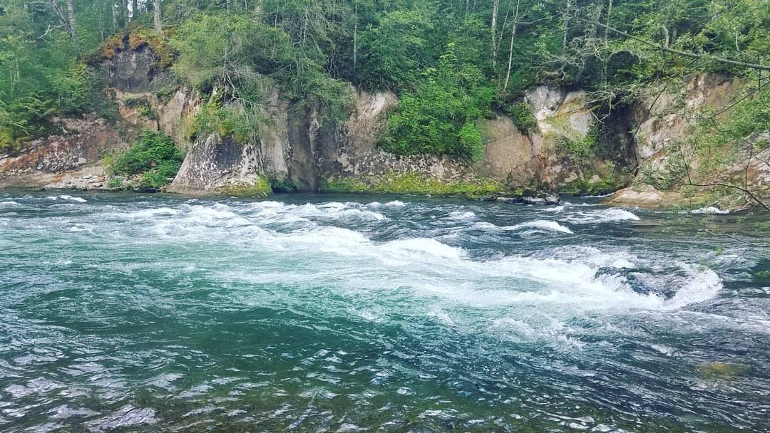 The Green River at Kanaskat-Palmer State Park. Photo by cherryscottage.