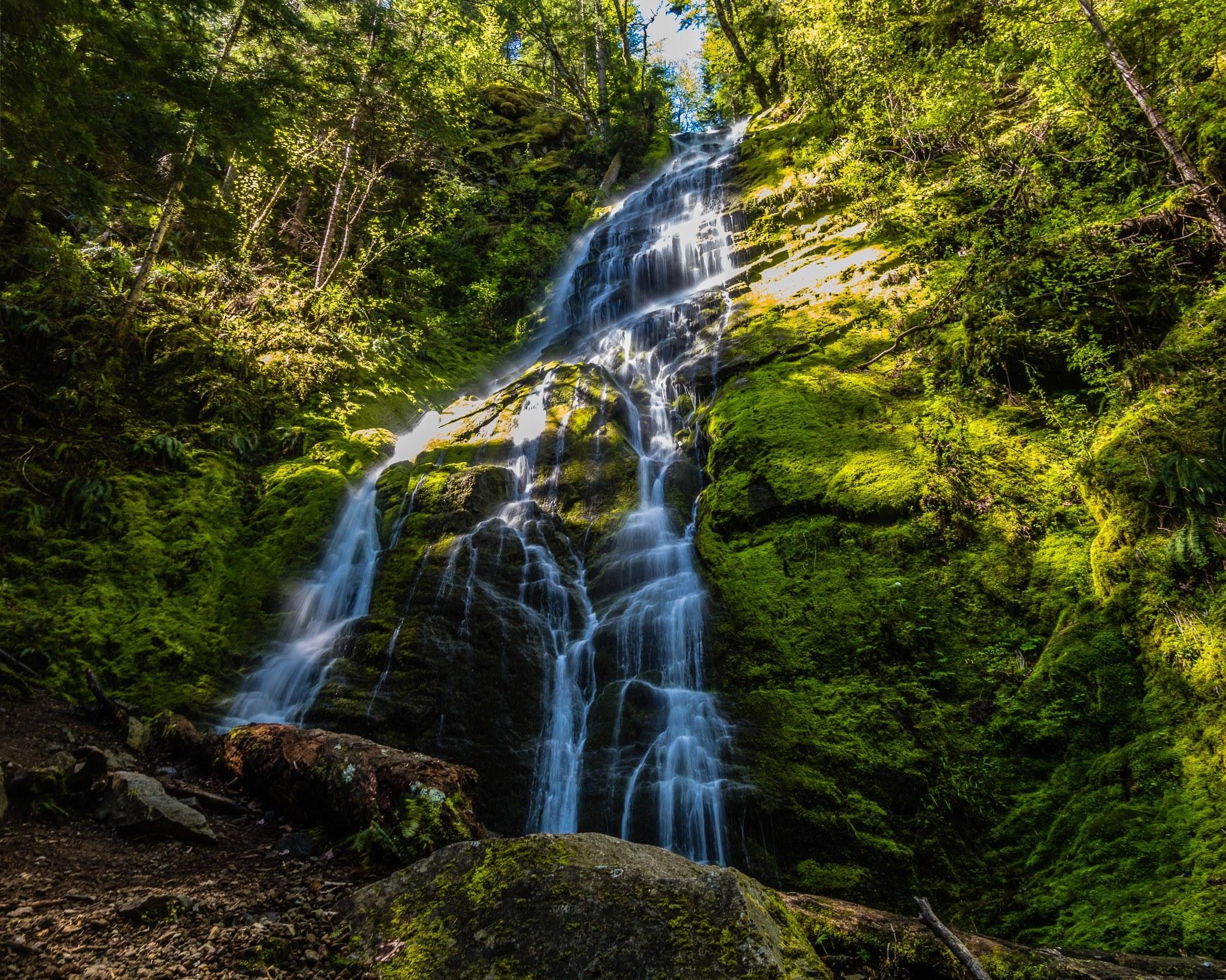 Angel Falls by Mirek Kohout.jpeg