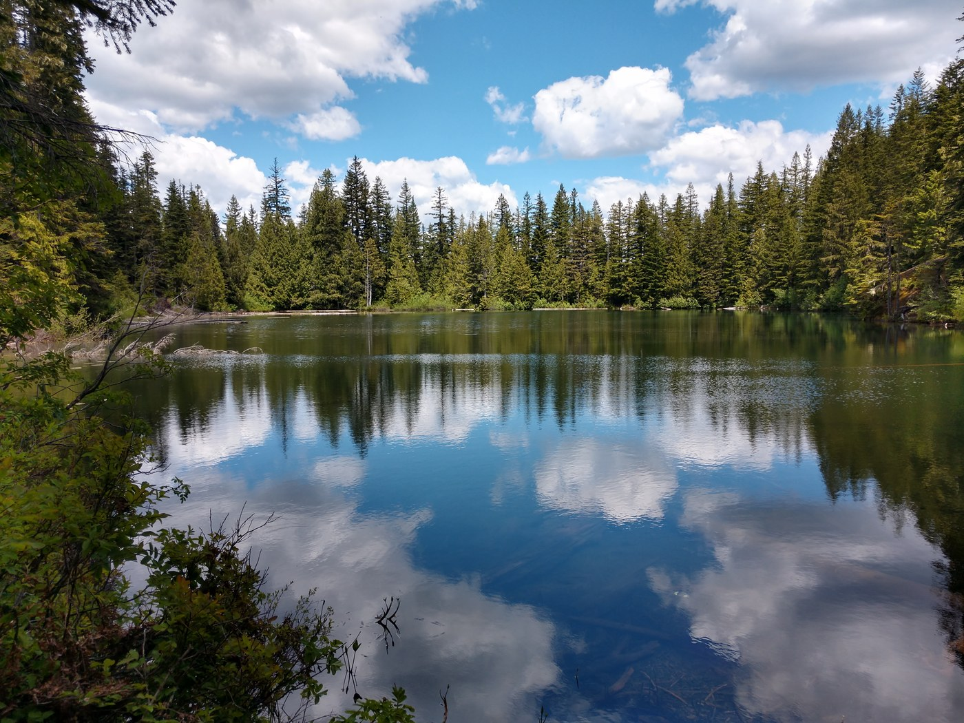 Bluff Lake. Photo SlowBoarder..jpeg
