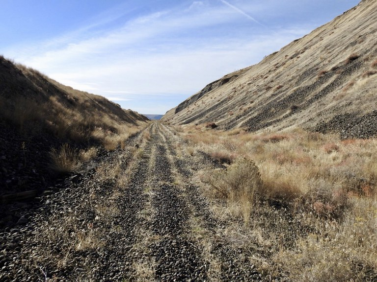 Columbia Plateau Trail. Photo by dschoonover.