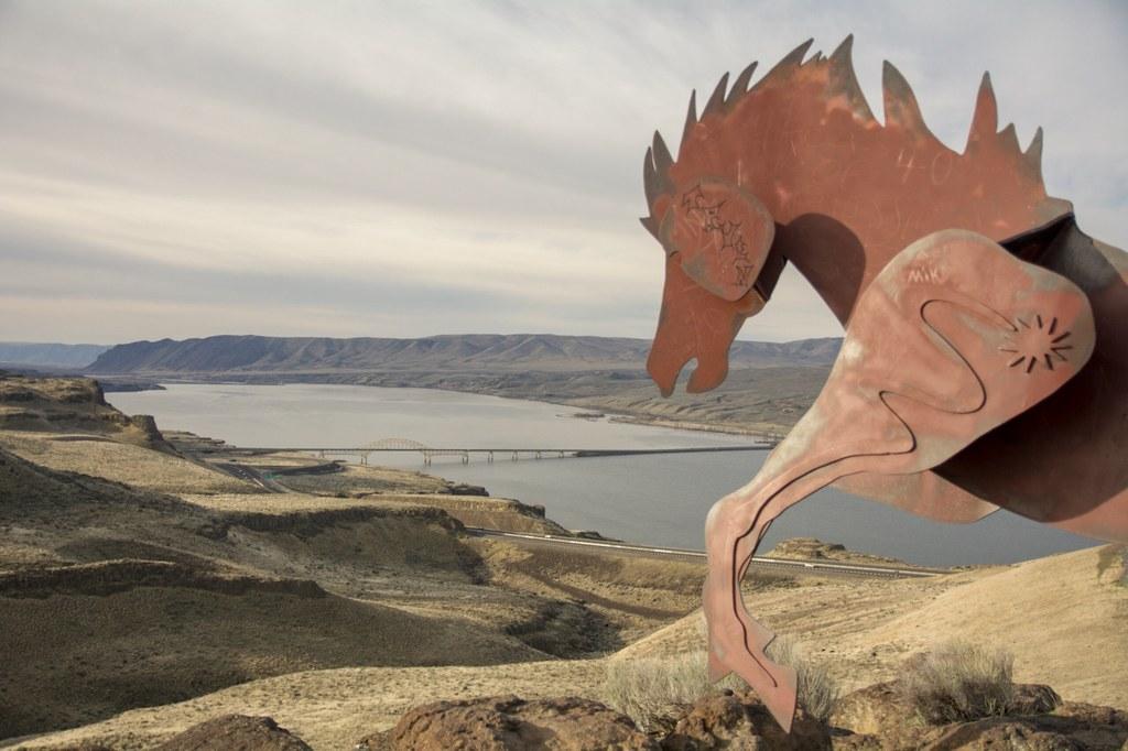Wild Horses Monument-3.31.2018-treemsPNW.jpeg