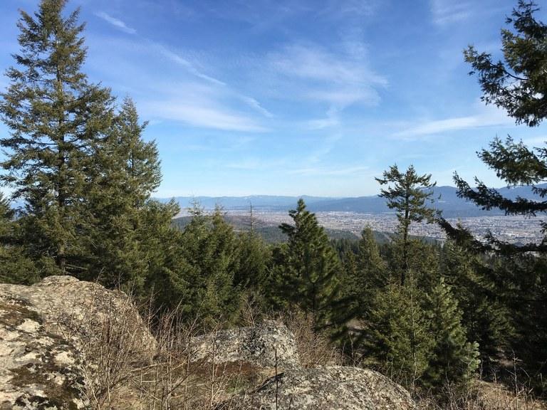 View from the Antoine Peak Summit Loop. Photo by Steflynn.