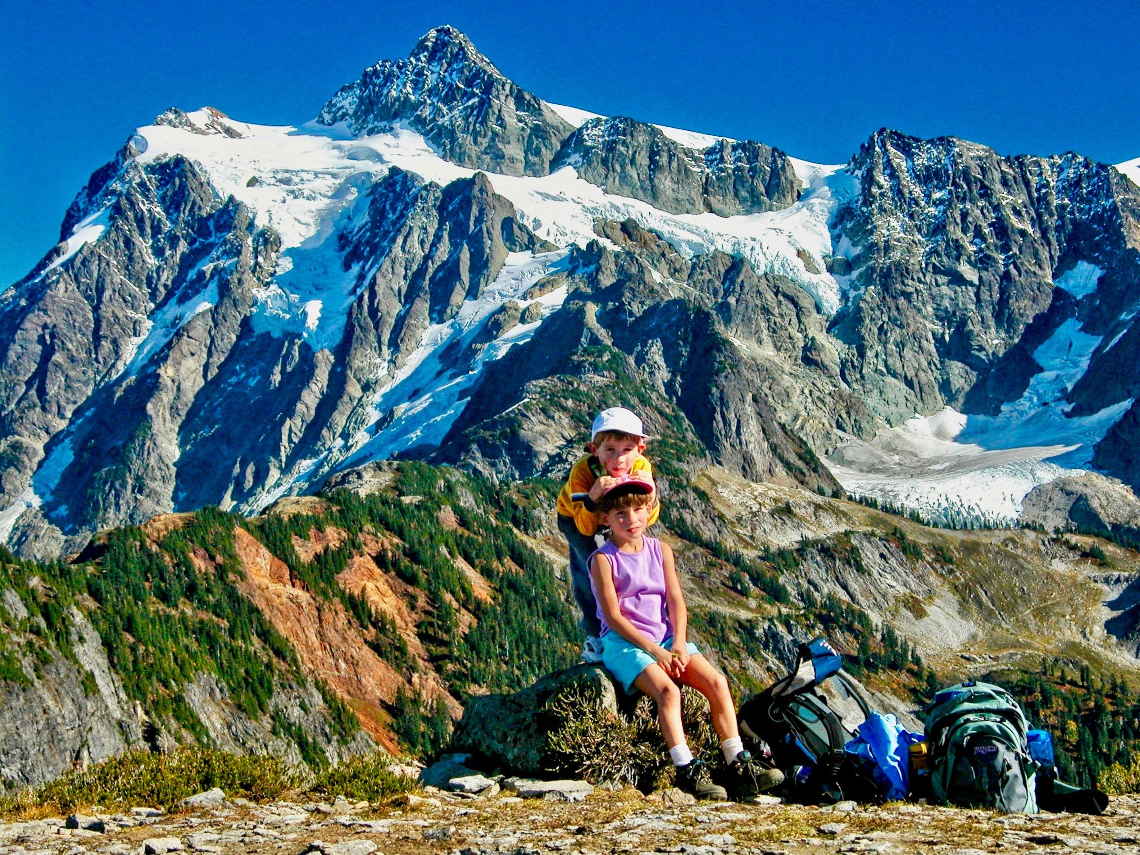 Kids at Table Mountain. Photo by Doug Diekema.jpg