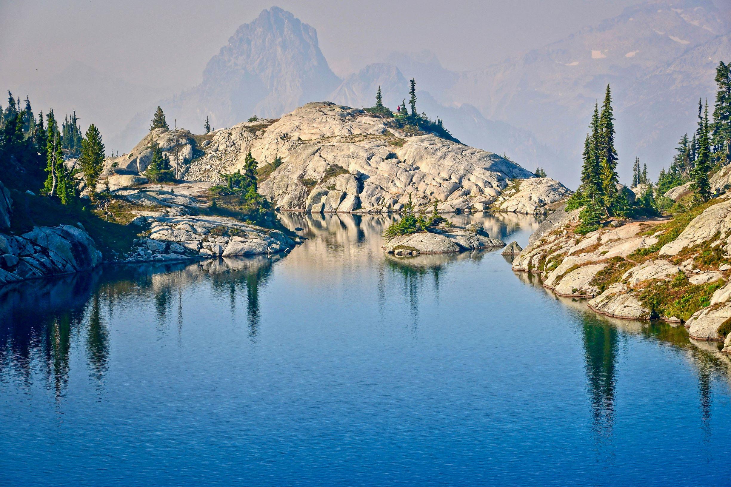 Robin Lake. Photo by Doug Diekema.jpg