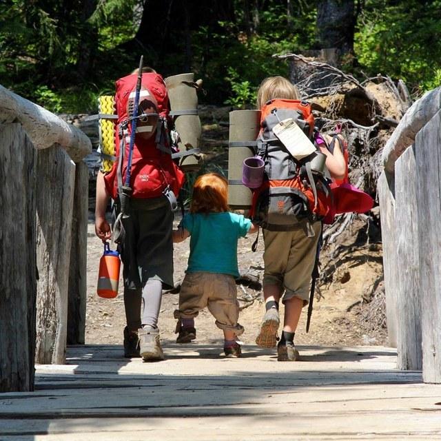 felchlin kids on bridge lorelei felchlin