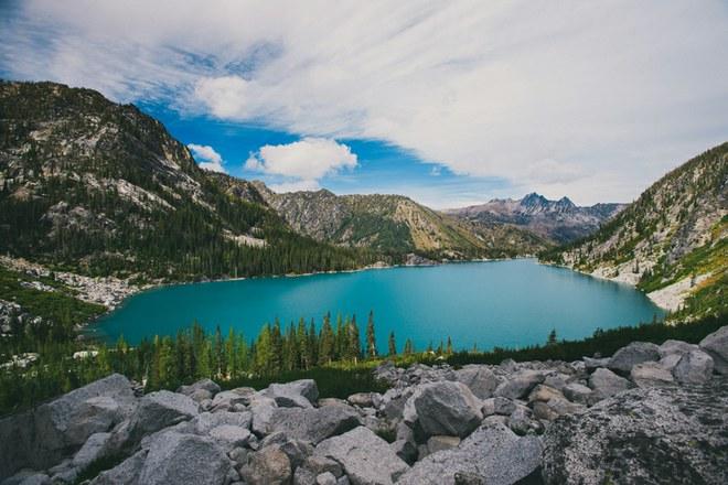 Colchuck Lake from Aasgard Pass
