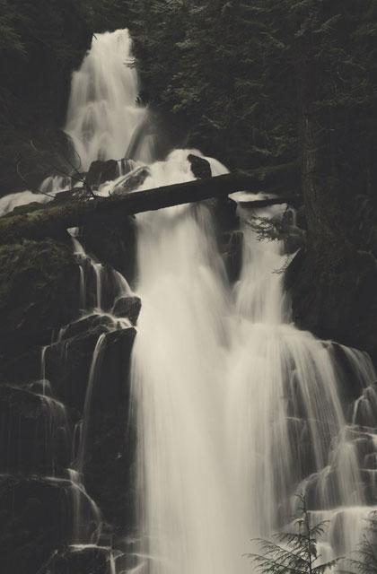 green lake waterfall cropped herb