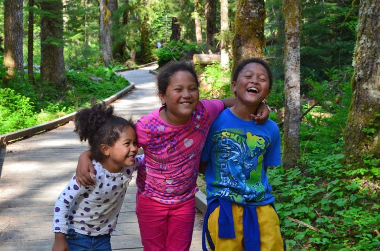kids on trail Jaime Placencia.jpg