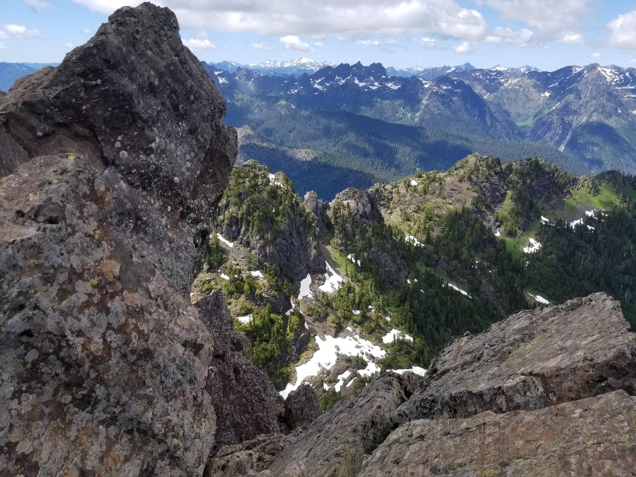 Mount Ellinor by Kennethjw.jpg