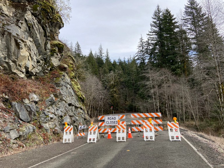 snoqualmie road closed_King County Road Services.jpeg