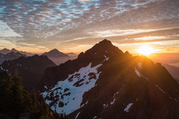 Sunrise on Mount Ellinor. Photo by Nate Brown..jpeg