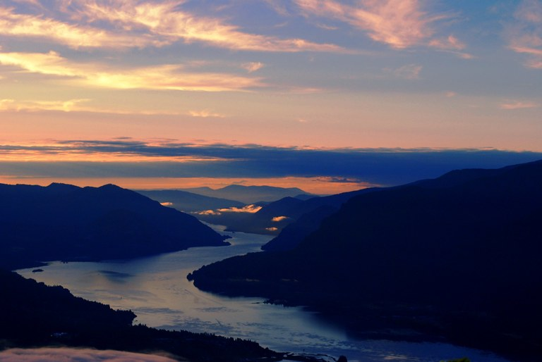 A view of the sunrise over the Columbia River from a high vantage point.