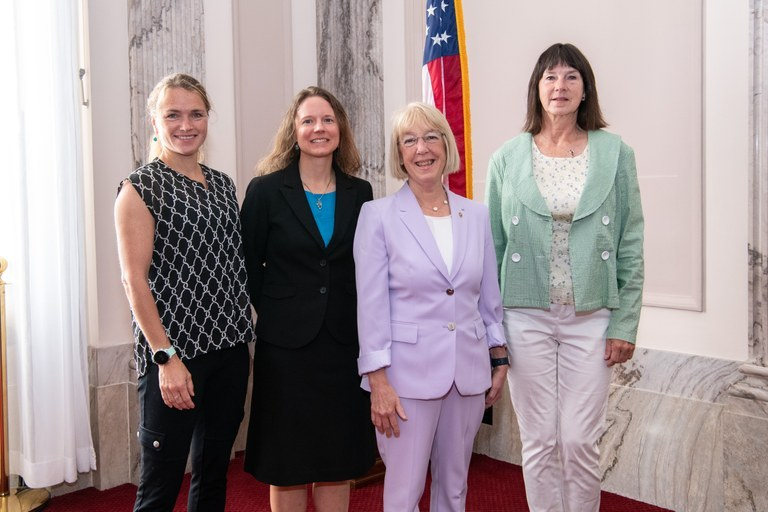 Representatives from WTA and partners meet with Sen. Patty Murray.