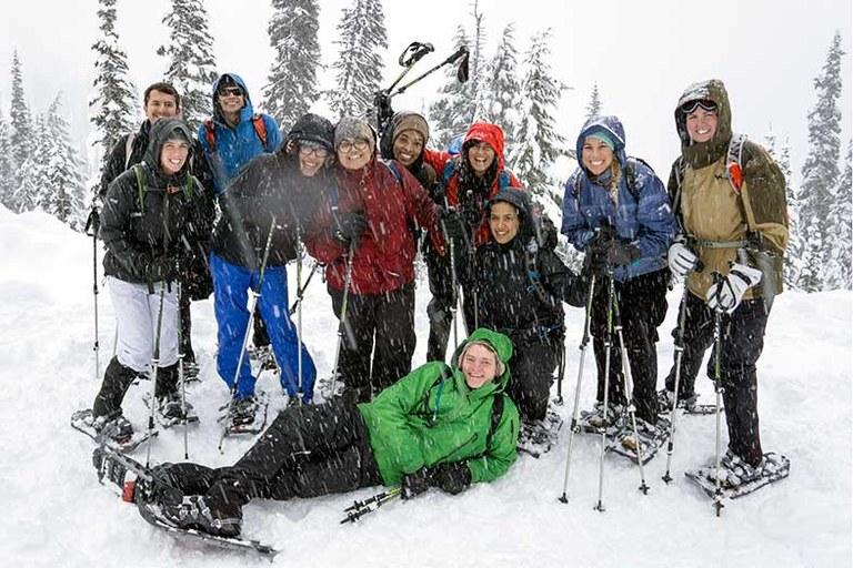 Snowshoeing 5 x786