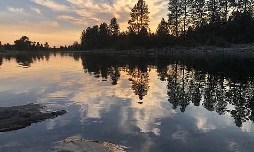 Liberty Lake at Sunset. Photo by Larissa Weeks.