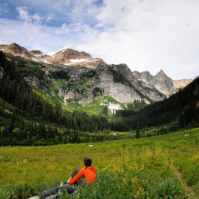 Spider Meadow and Phelps Basin by cascadehiker