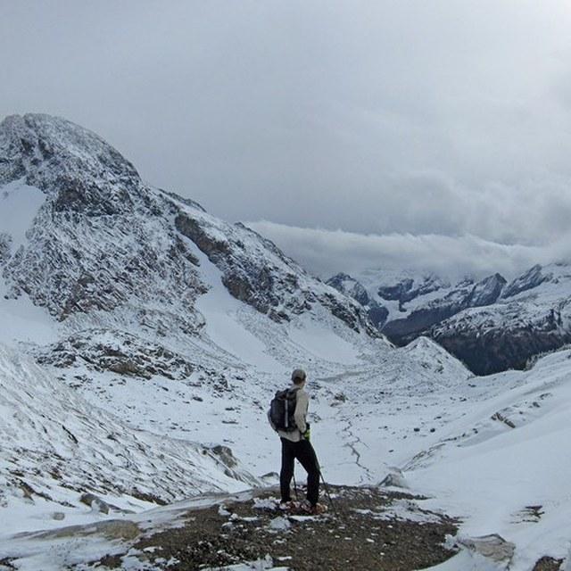 Sir Hikes A Lot in High Pass LDistel