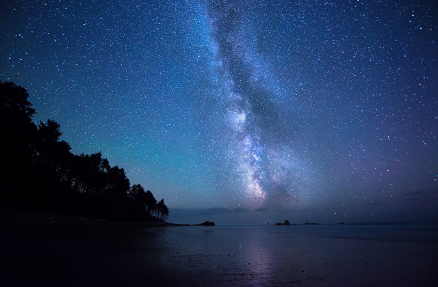 The Milky Way Over the Pacific