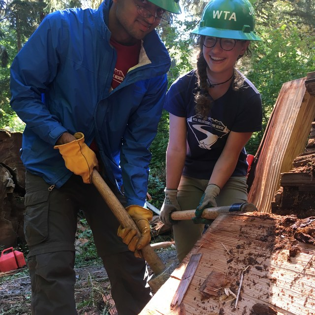 Youth Volunteers on the Hoh River Trail