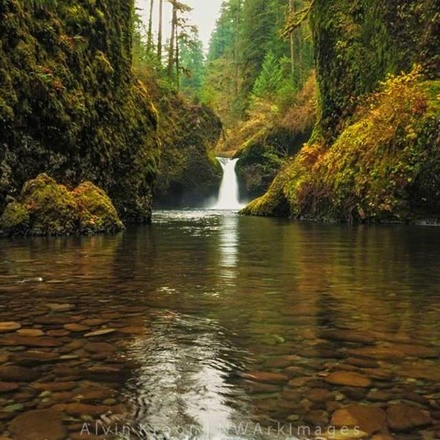 Punch Bowl Falls Eagle Creek Trail